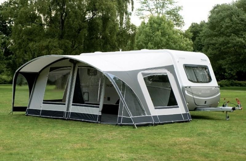 Voortenten en luifels duijndam delft caravans campers for Luifel caravan aanbieding